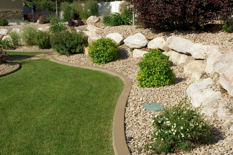 Considerations to Make before Hiring a Company for Landscaping